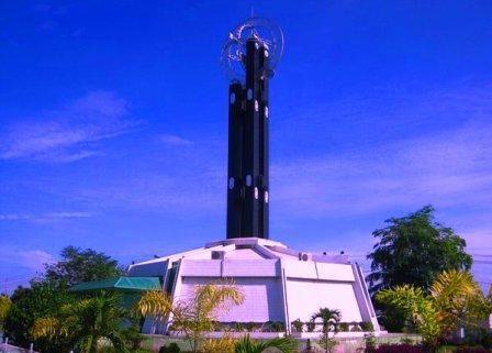 15 Tempat Wisata Kalimantan Barat Paling Terkenal