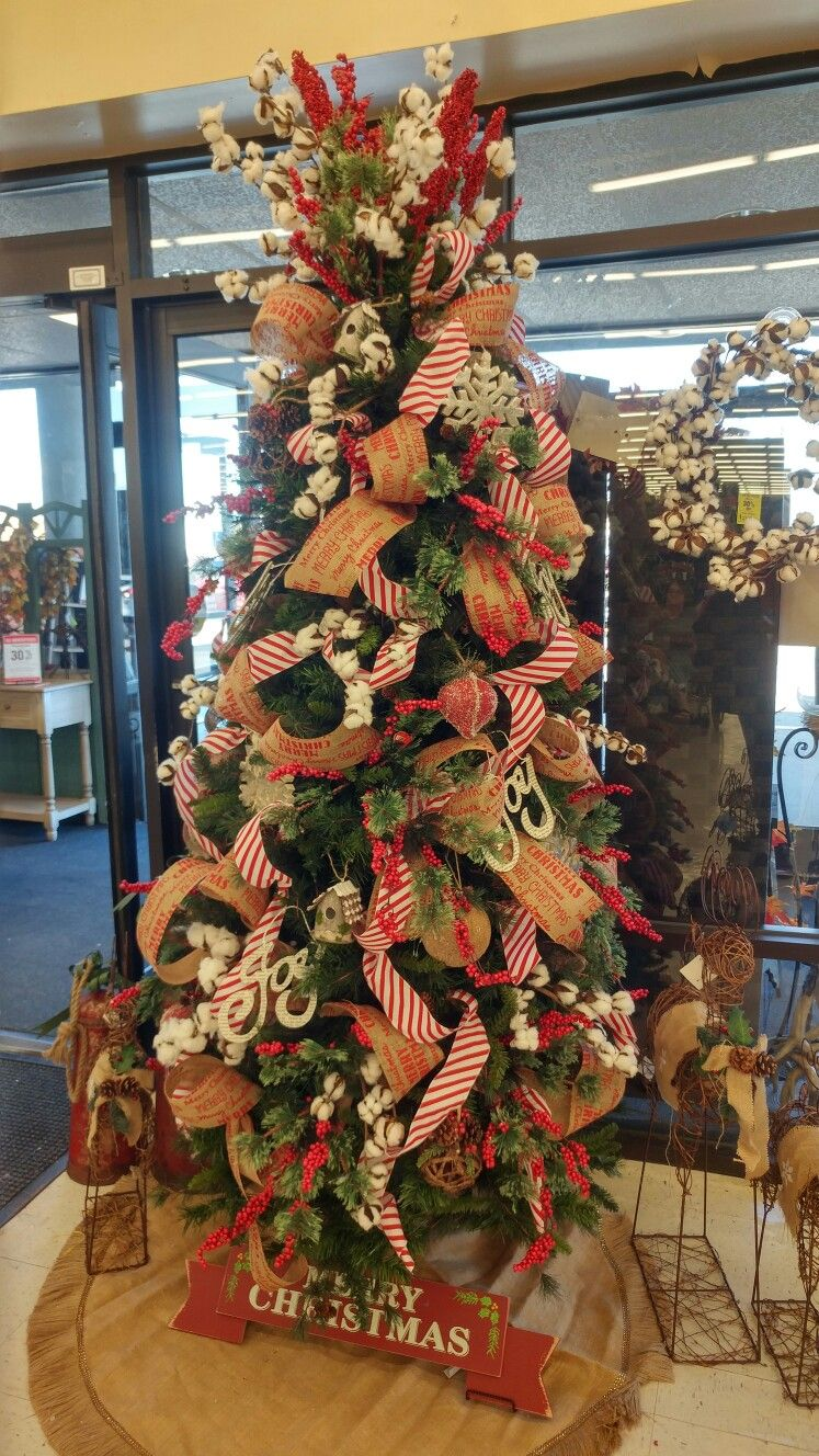 Farmhouse Christmas Tree At Hobby Lobby Hobby Lobby Christmas Decorations Hobby Lobby Christmas Hobby Lobby Christmas Trees