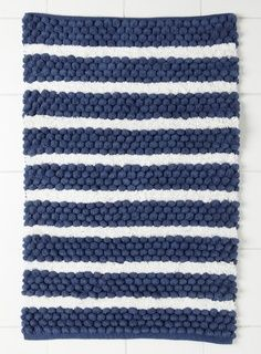 Love The Blue And White Bath Rug Idea Ideas Pinterest Nautical