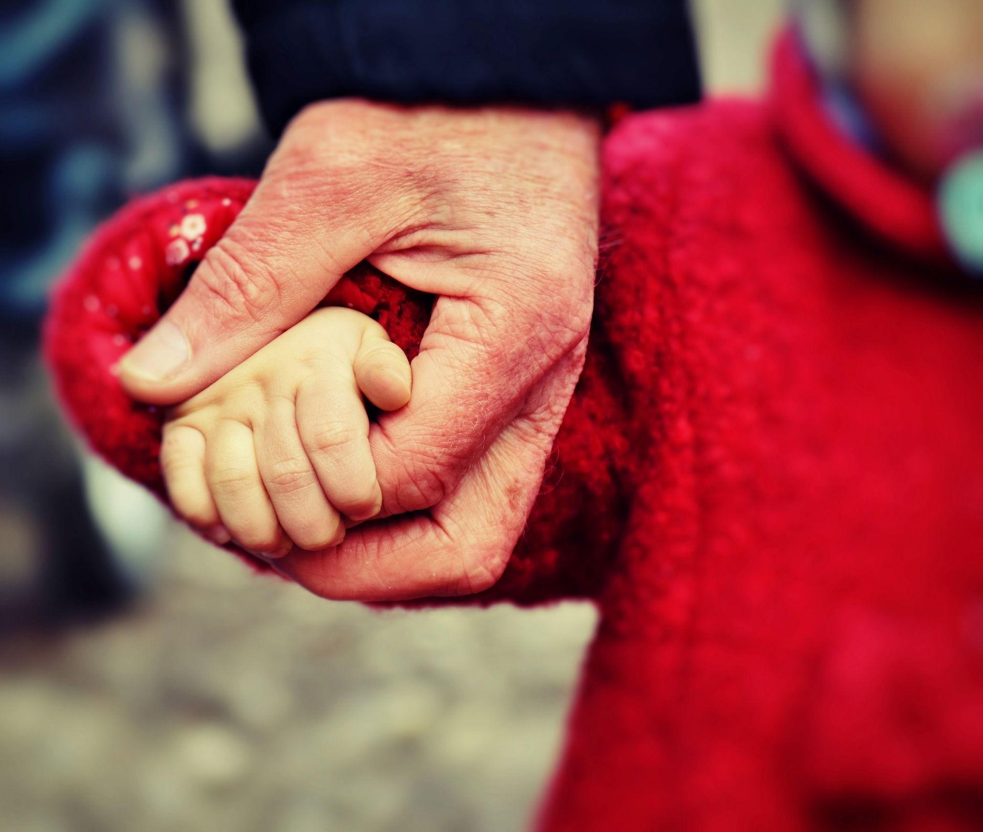 A Félelmek fiókja Losing a child, Long distance love