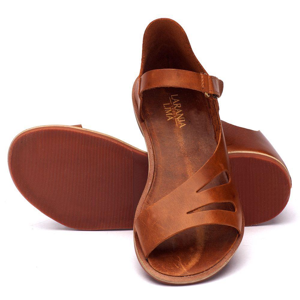6160550a76 Rasteira Flat caramelo em couro 136017 Women s Leather Sandals ...