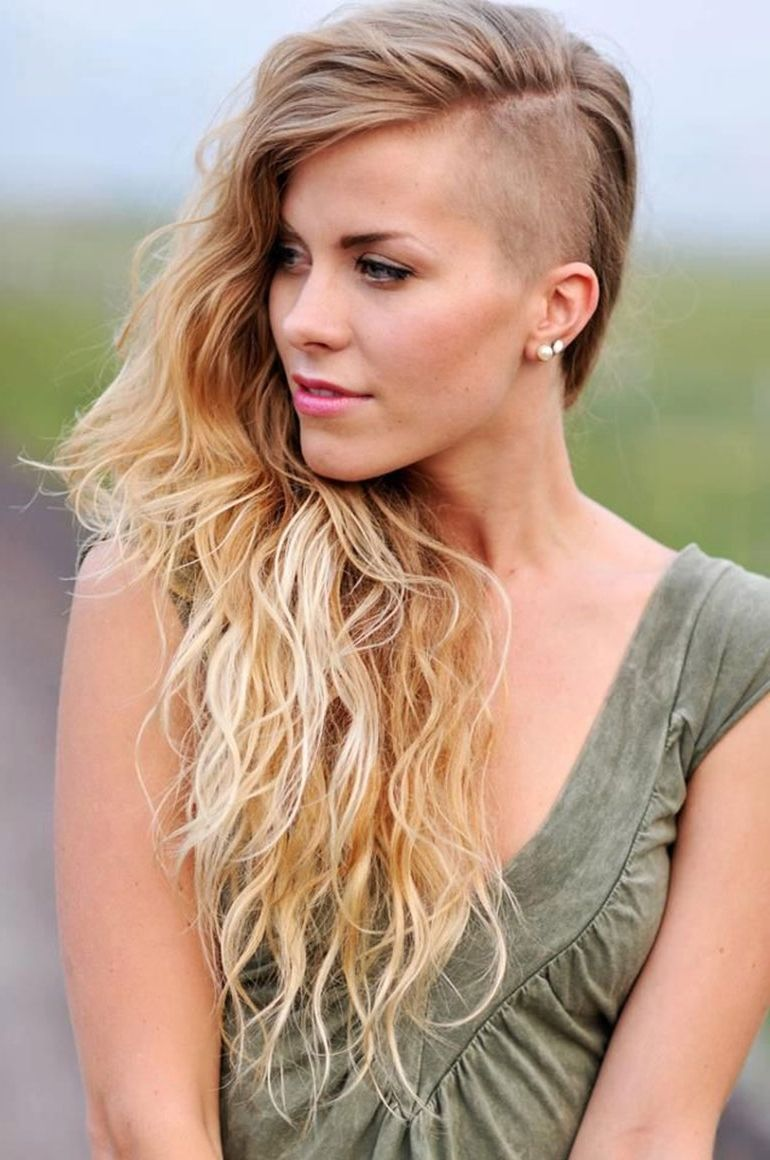 20 Hottest Medium Length Haircuts For Women 2017 Quoteslodge Is All About Quotes Images Hair Styles Long Hair Styles Hair Cuttery
