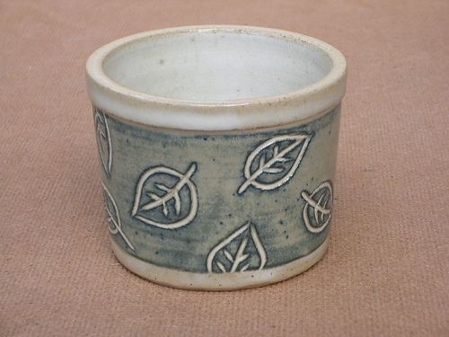 scrubby holder by PatchworkPottery, via Flickr