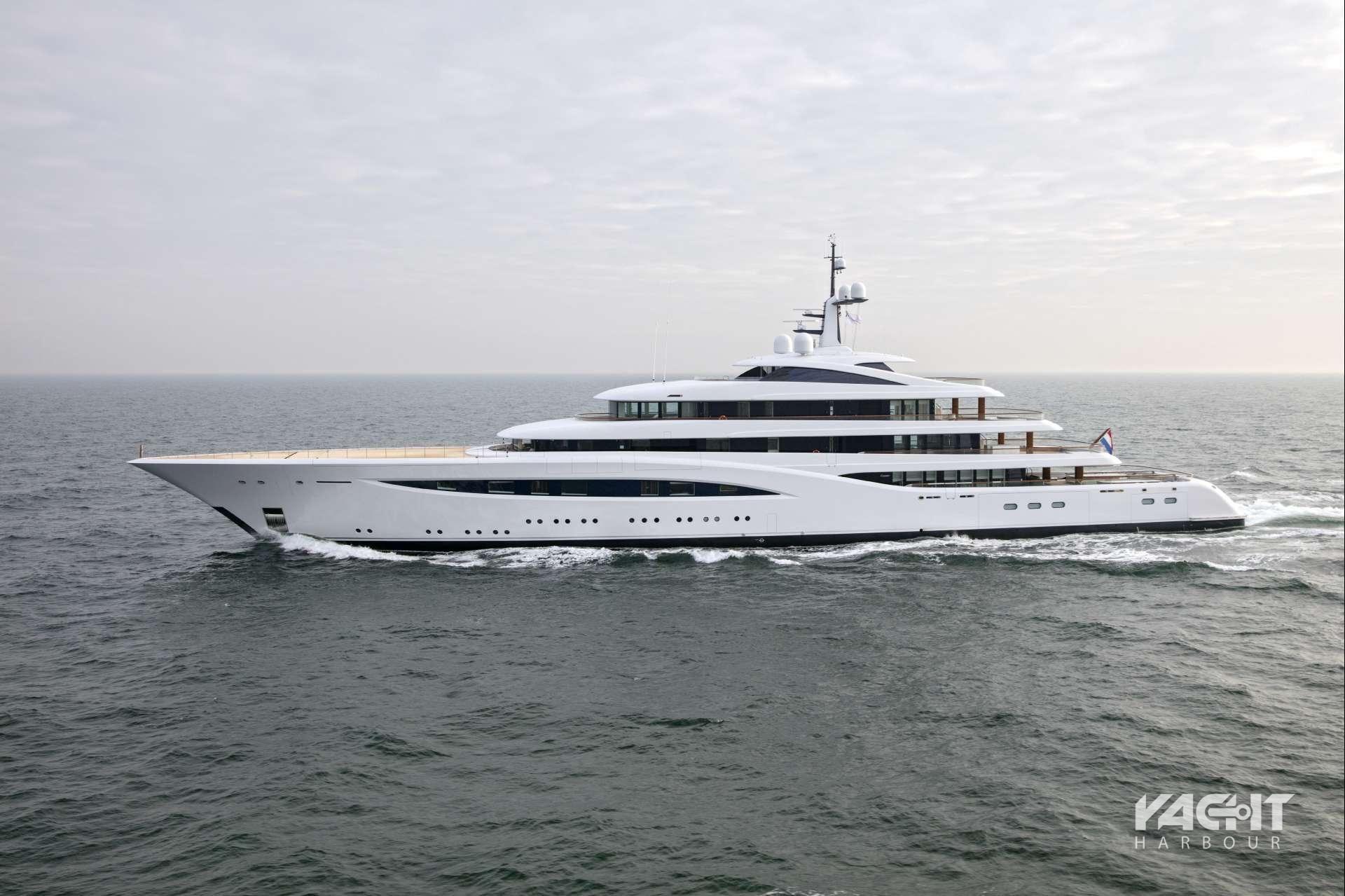 Superyachten kaufen  M/Y Vertigo - 96.55m Feadship - Launched in 2016 | Yacht, Ships ...