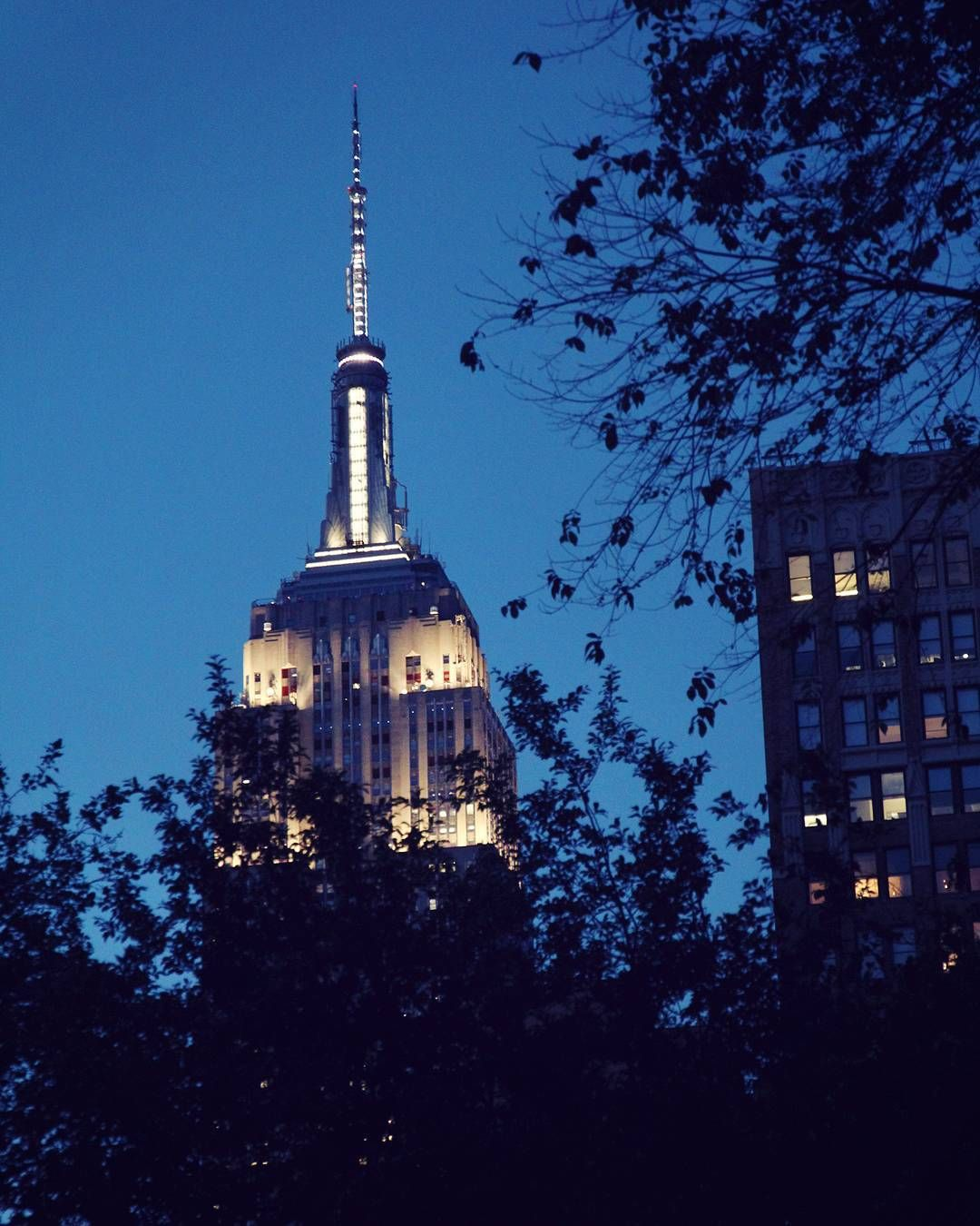 Empire State Building, New York City / Find travel tips for NYC at A Globe Well Travelled