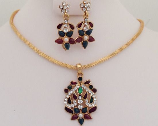 Antique Gold plated necklace with multicolored stones -05ATQ31  http://www.craftandjewel.com/servlet/the-1561/Antique-Gold-plated-necklace/Detail