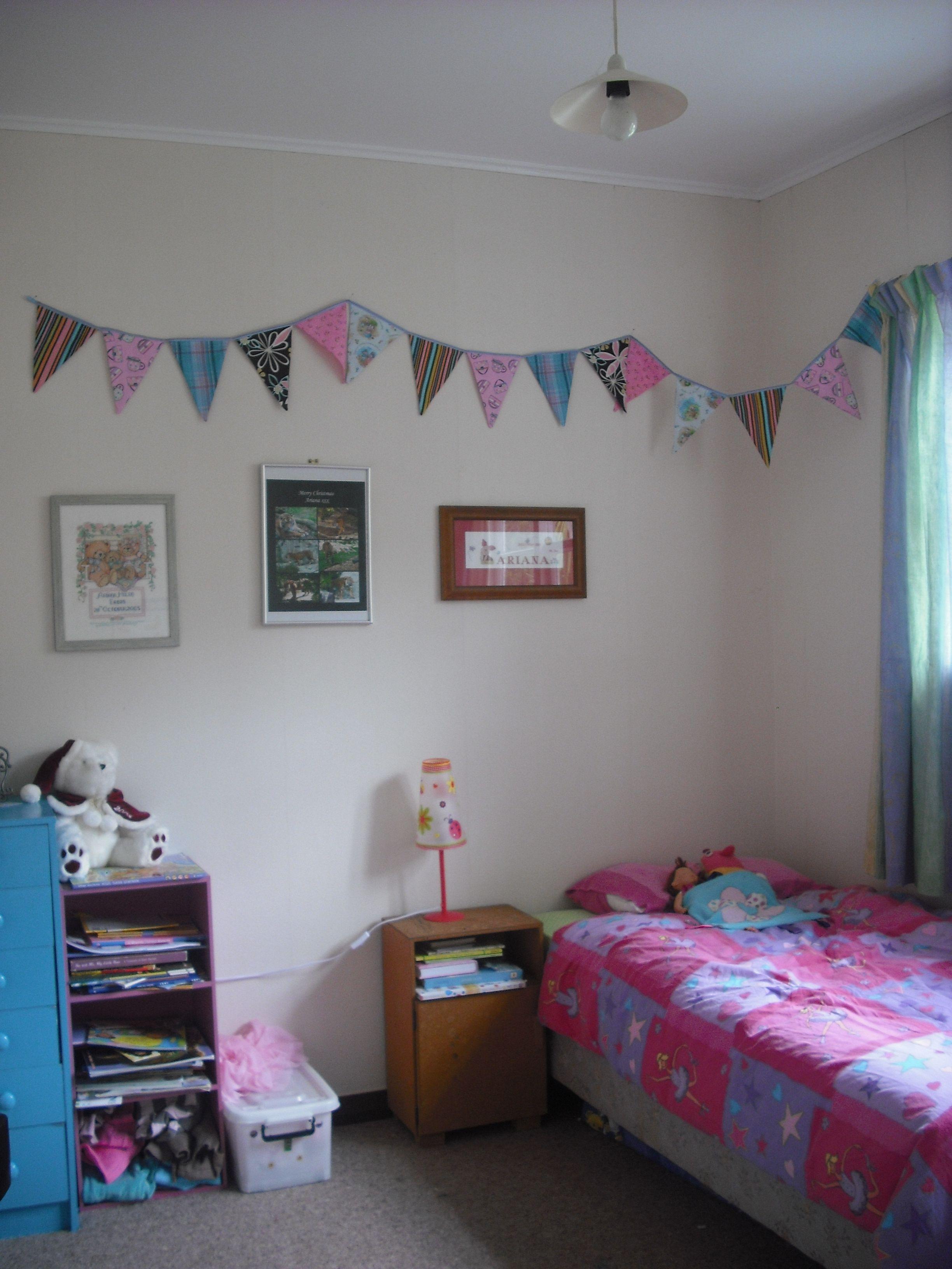 Lavendel Schlafzimmer Wande Mit Bildern Kinder Schlafzimmer Farbe Schlafzimmer Farben Kinderzimmer Deko Selber Machen