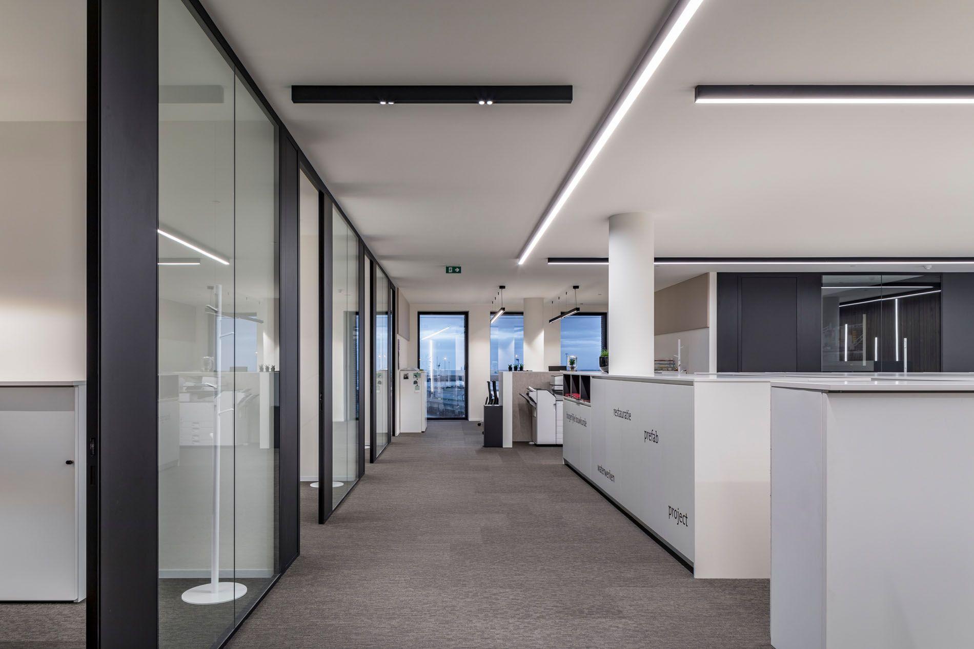 Office Lighting Ideas With Sld50 Zeebrugge Modern Office Lighting Office Lighting Design Office Lighting