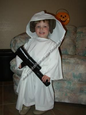 Homemade Star Wars Costume As a Star Wars fan I have admittedly brainwashed my  sc 1 st  Pinterest & Coolest Homemade Star Wars Costume | Pinterest | Star wars costumes ...