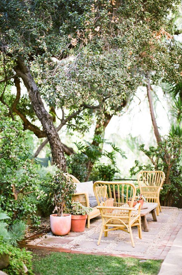garden visit with los angeles jeweler kathleen whitaker in echo park garden seating area