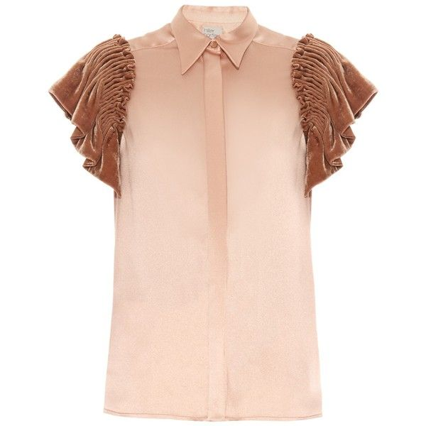 Hillier Bartley Smocked velvet-sleeved silk shirt (3.715 NOK) ❤ liked on Polyvore featuring tops, blouses, shirts, nude, pink silk shirt, smock shirt, sleeve top, shirt tops and pink shirts