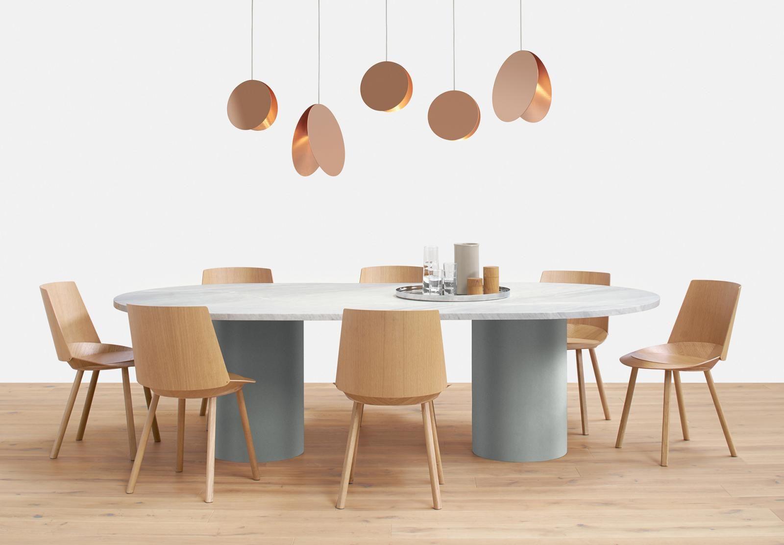 Hiroki - oval, Design: Philipp Mainzer. Pulverbschichtete Beine ...