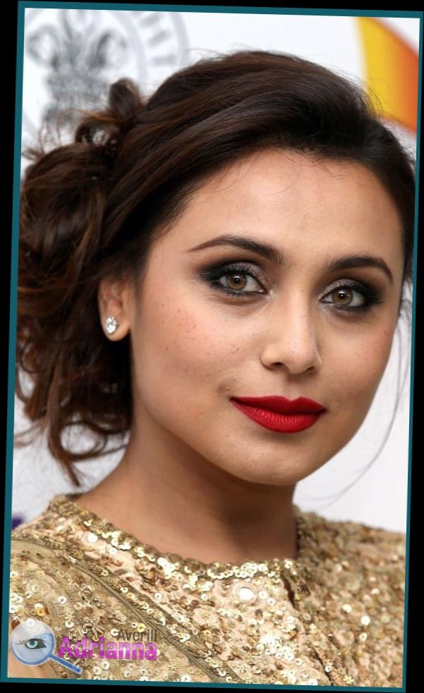 Hairstyle For Round Face In Saree Lets Agree To The Most Basic