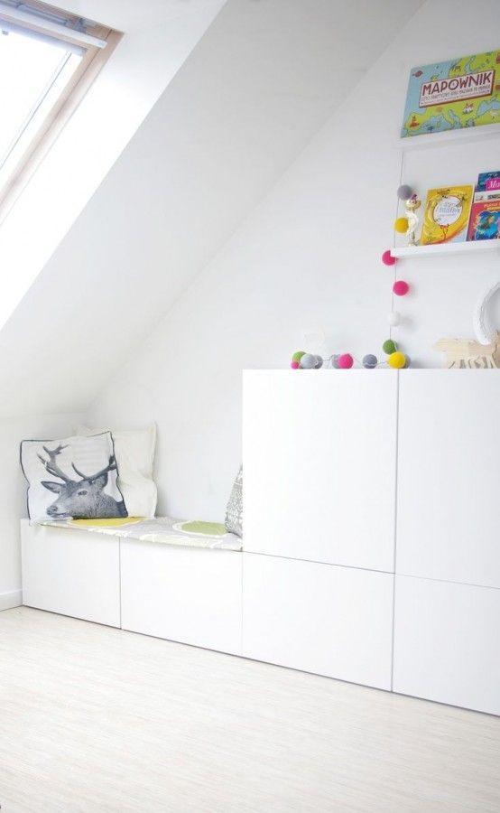 IKEA Besta im Kinderzimmer mit integrierter Sitzbank | Hof ...
