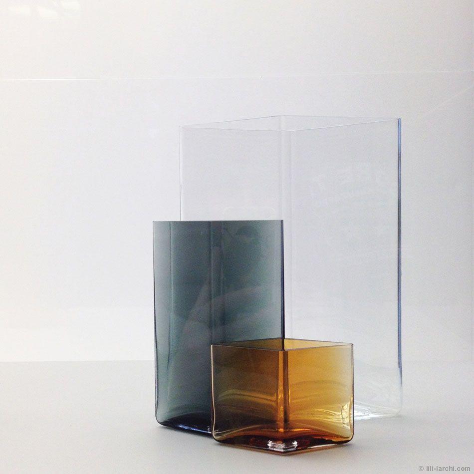 "Vases ""Ruutu"" par Ronan et Erwan Bouroullec pour Iittala #biennaledesign #SaintEtienne"