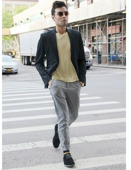 Zara Navy Blazer, Calvin Klein Suede Dress Shoes, United Colors Of Benetton  Grey Skinny Chinos, Forever 21 Two Tones Yellow Tee