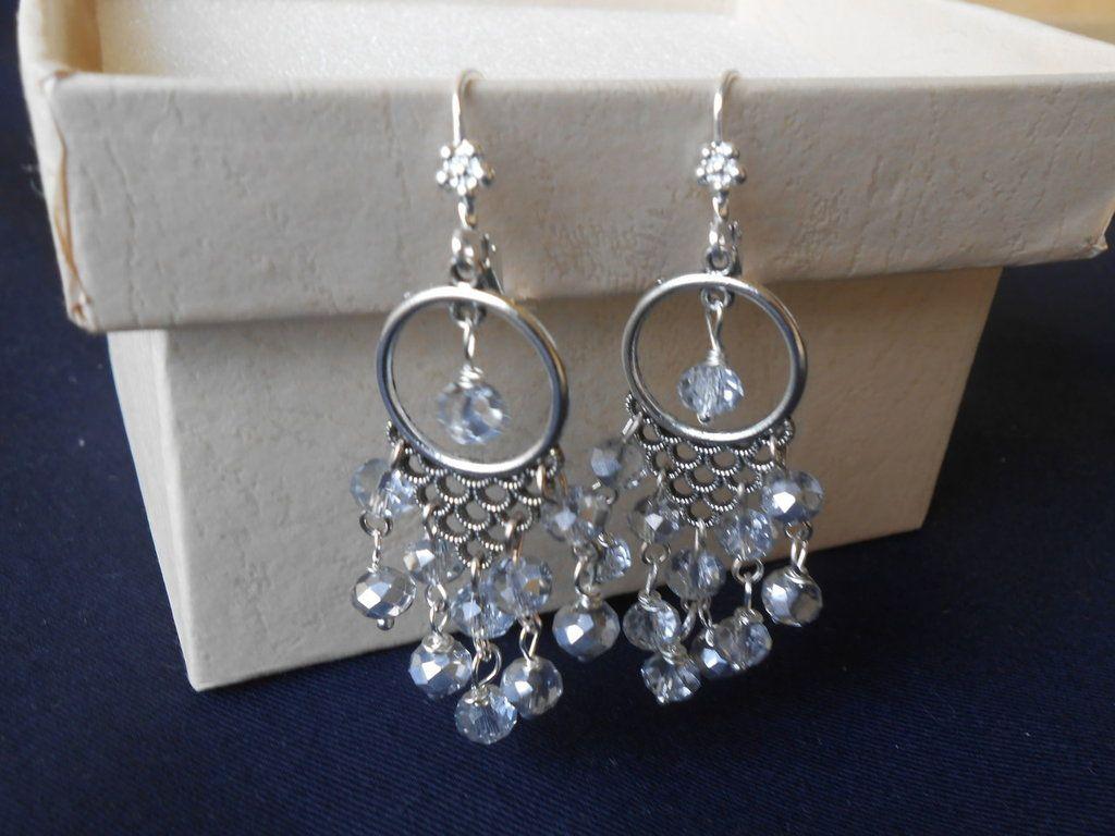 Orecchini chandelier con cristalli grigi., by Le gioie di  Pippilella, 7,00 € su misshobby.com