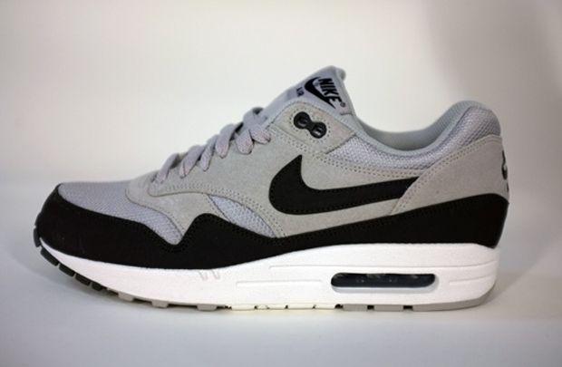 nike air max 1 grey black