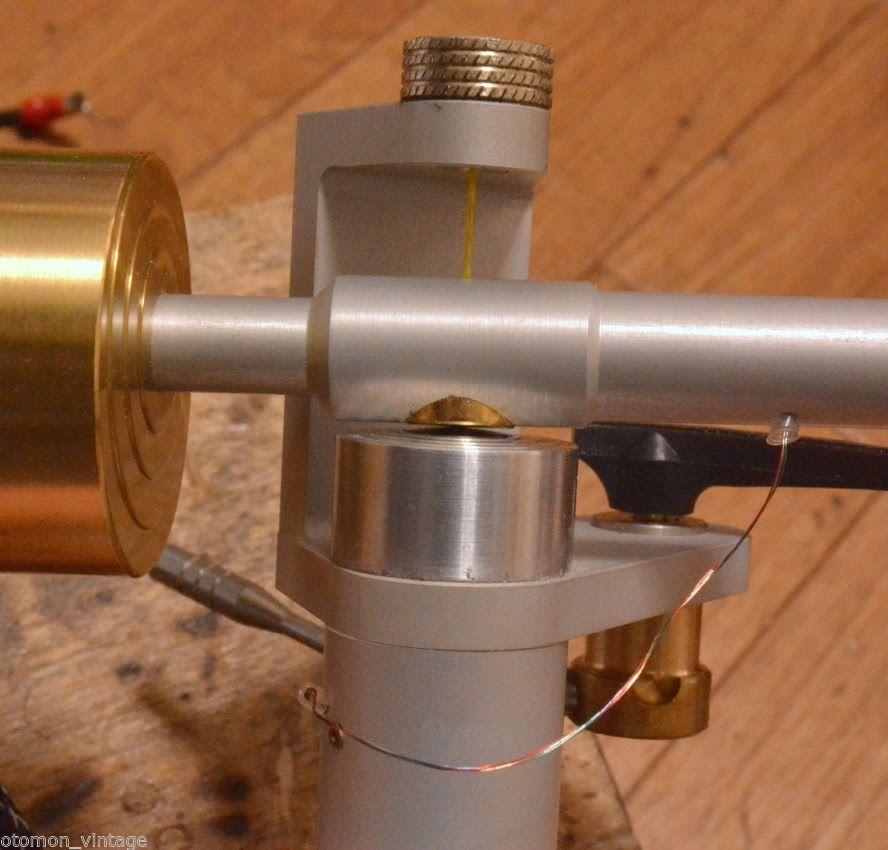 http://www.ebay.com/itm/Schroeder-Model-2-tonearm-for-professional-/291815179768?hash=item43f18a45f8:g:ITsAAOSw0kNXgh5M