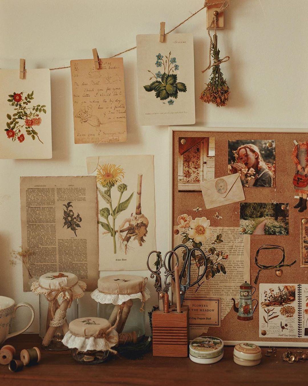 Thelunarspell Sdelal A Publikaciyu V Svoem Akkaunte Instagram Herbalism Life Credits Da In 2020 Aesthetic Room Decor Room Ideas Bedroom Earthy Home Decor