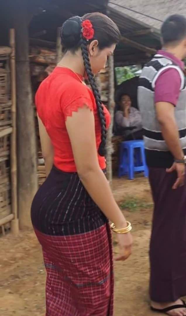 Myanmar Beautiful Actress Ei Chaw Po - Burmese Actress and