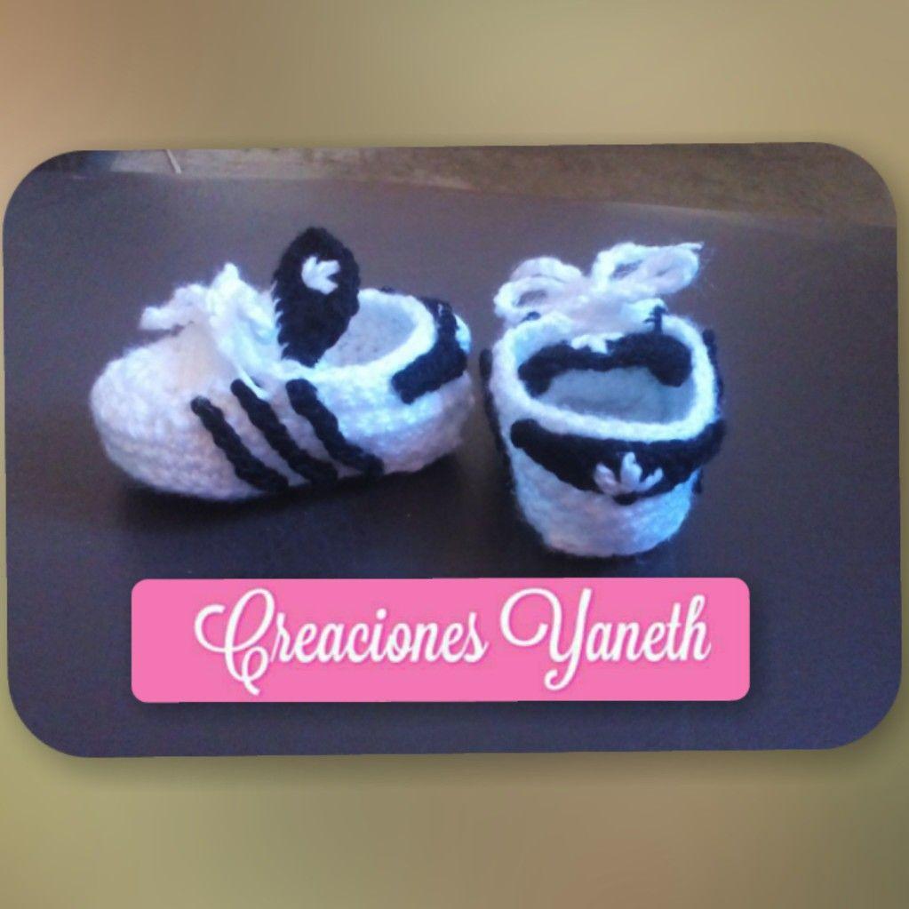 Zapatitos Adidas tejidos crochet