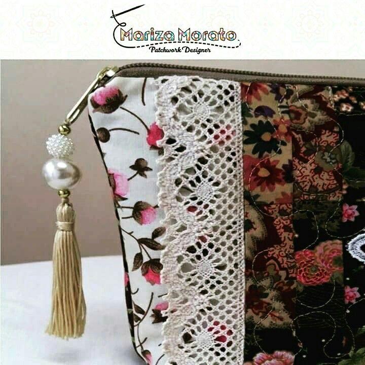 Nécessaire 04 Divisórias Bargello http://marizamorato.com.br/produto/necessaire-04-divisorias-bargello/ (11) 99655 9145