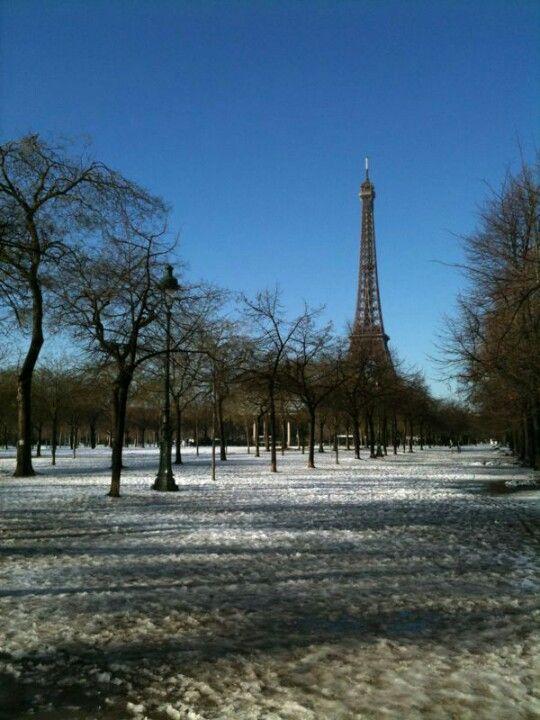 《Siempre nos quedará París》