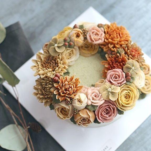 [D.STORY CAKE 2016] september-basic class #instacake #flowercake #autumn #flowershop #flowers #buttercream #wilton #cake #dessert #delicious #꽃 #가을 #떡케이크 #앙금플라워 #떡 #송파앙금플라워 #디스토리 #디스토리케이크 #플라워케이크 #디저트 #케이크 #당충전 #달달해 #앙금꽃케이크 #취미