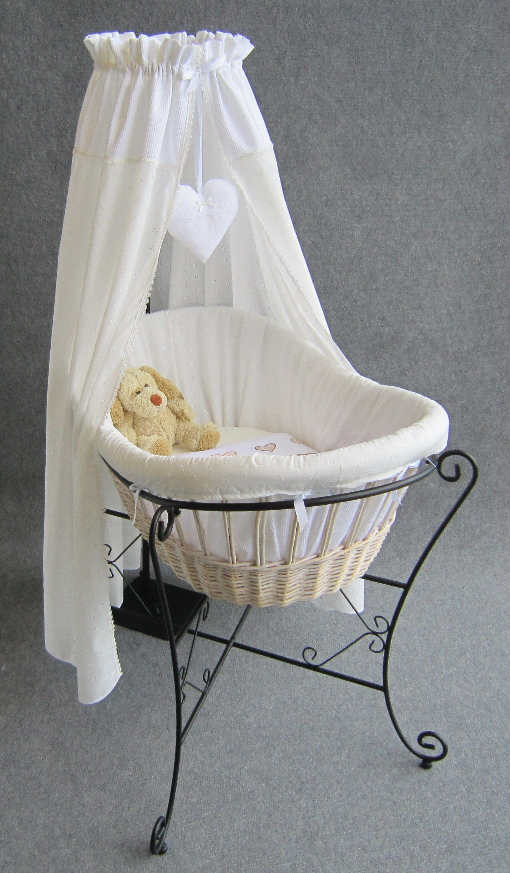 Wieg Creme Broderie By Studio Zanoni Wieg Baby Idee 235 N