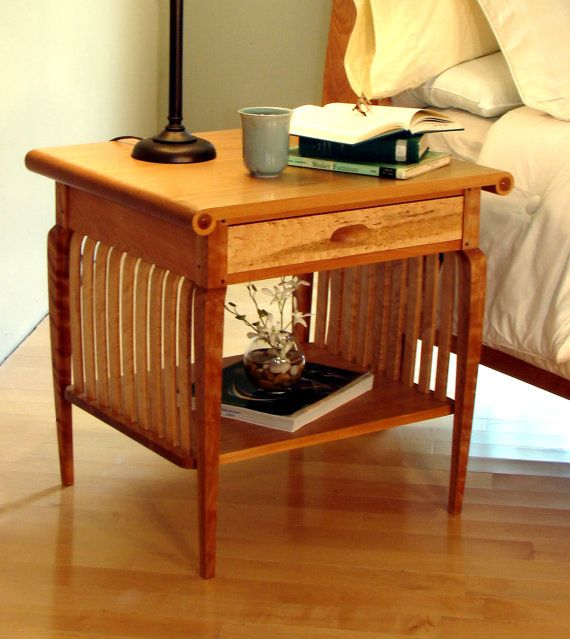 Vermont Sleigh Bedside Table