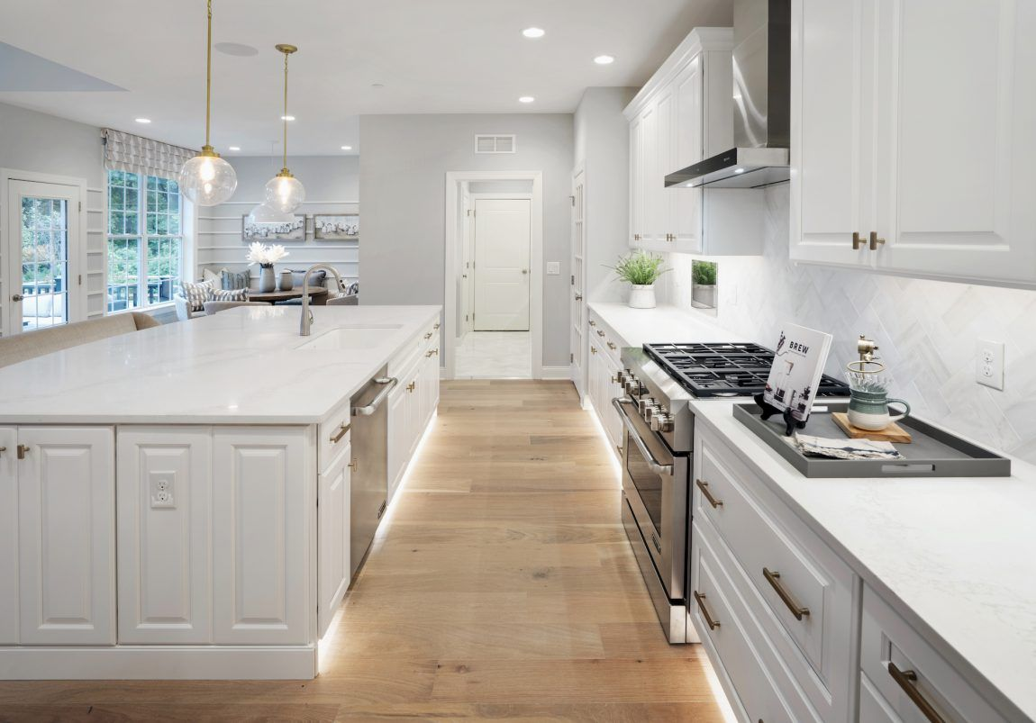 25 Luxury Kitchen Ideas For Your Dream Home Build Beautiful Toe Kick Lighting Industrial Style Kitchen Luxury Kitchens