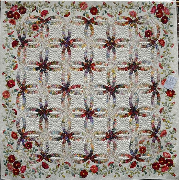 Rings and Roses by Treen Double wedding ring quilt