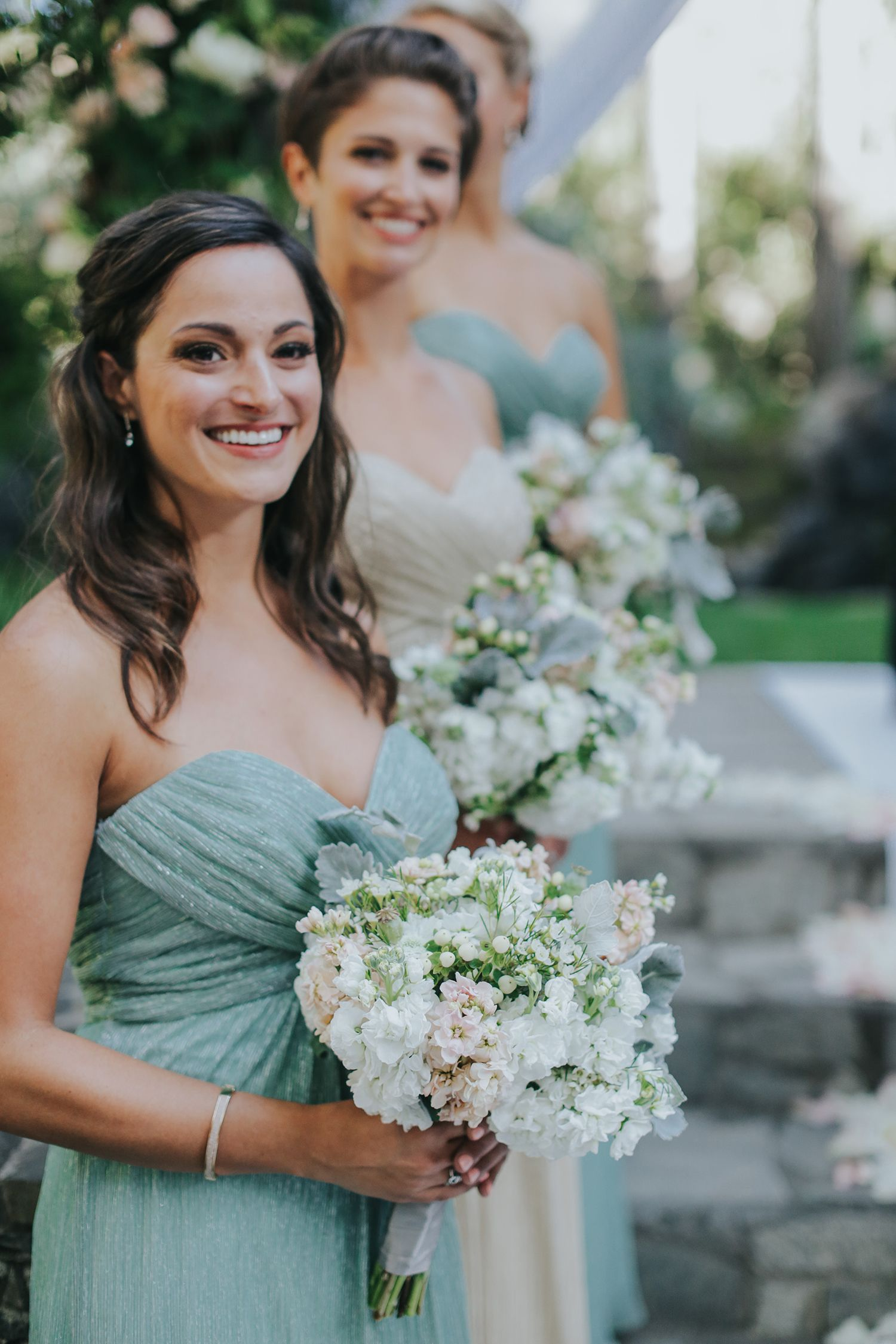 Makeup with mint green dress  Rustic Never Looked so Glamorous at this Calamigos Ranch Wedding