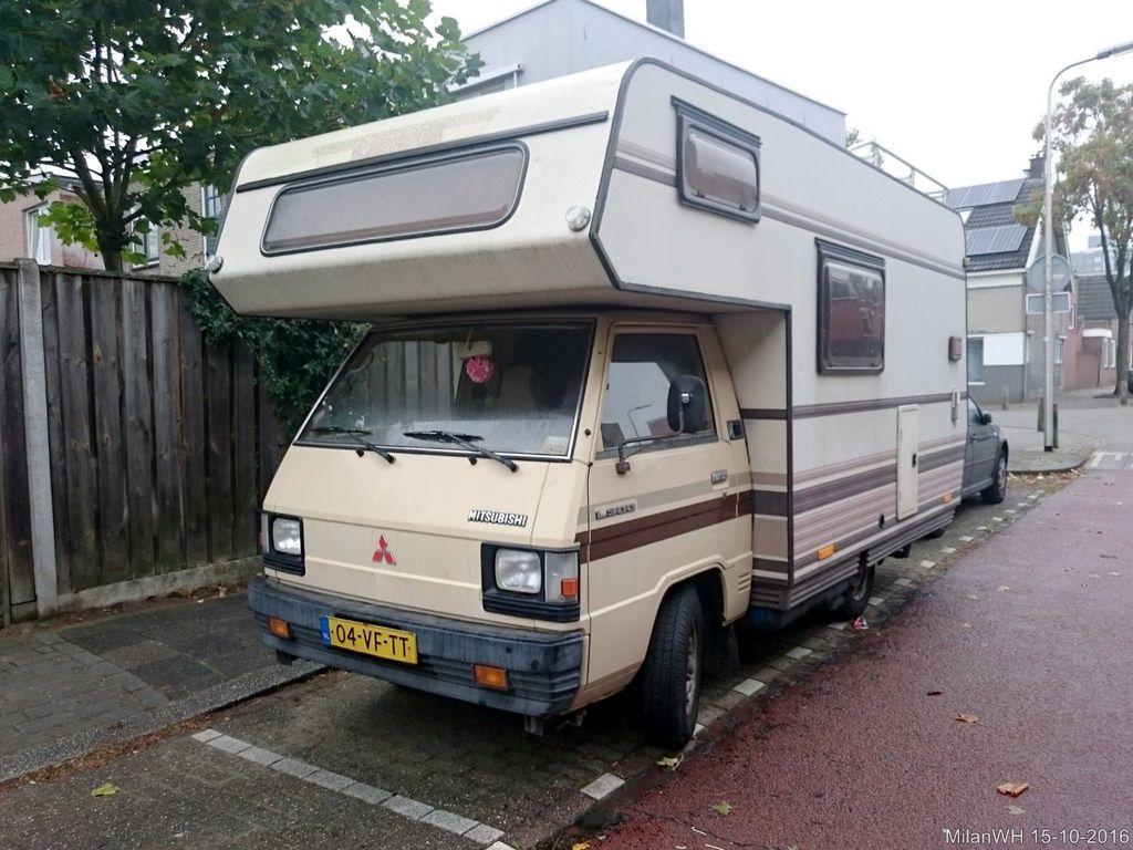 8 Mitsubishi L8 Camper