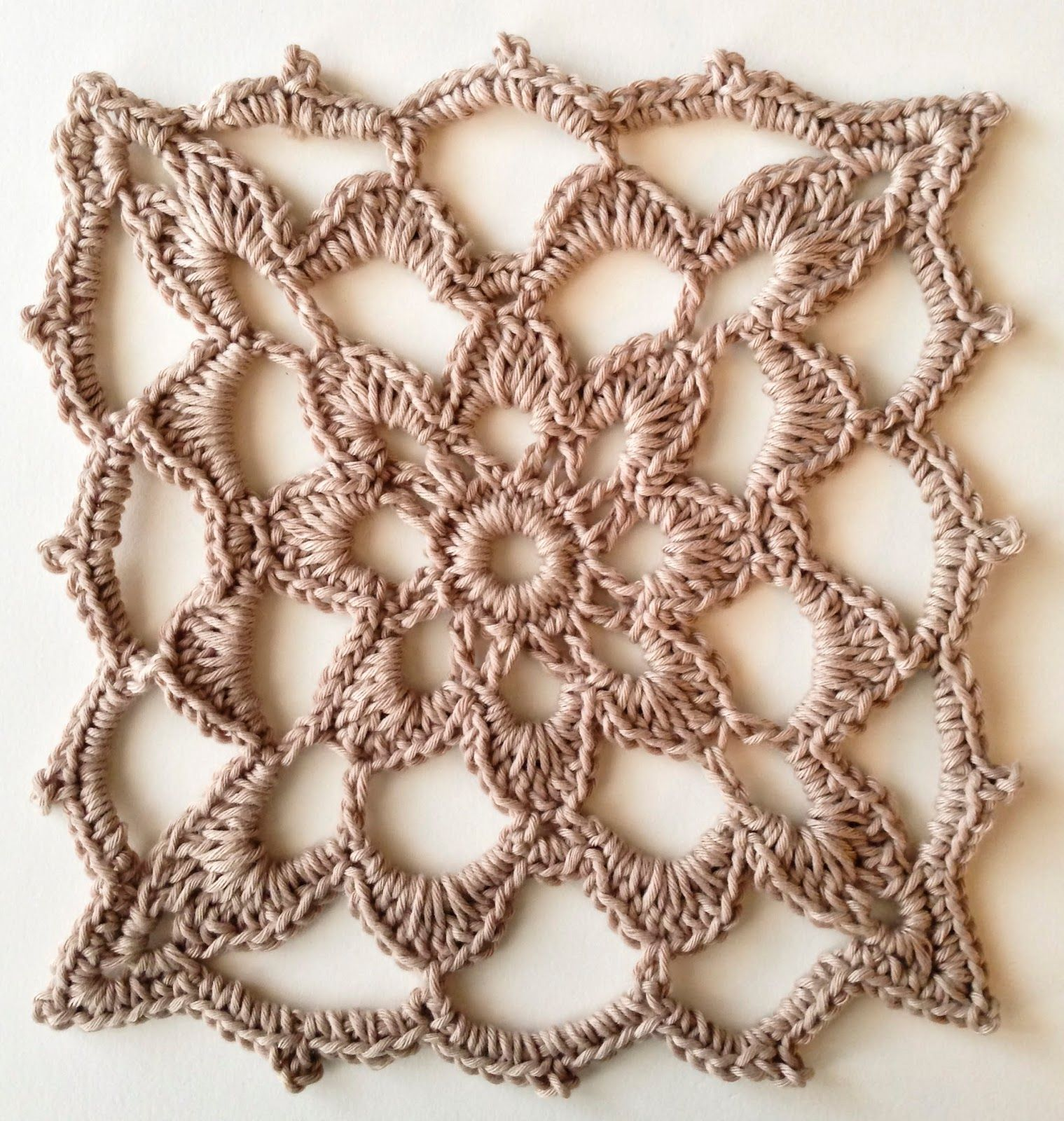 Lacy Granny (modified version) - Free crochet square pattern by Iin ...