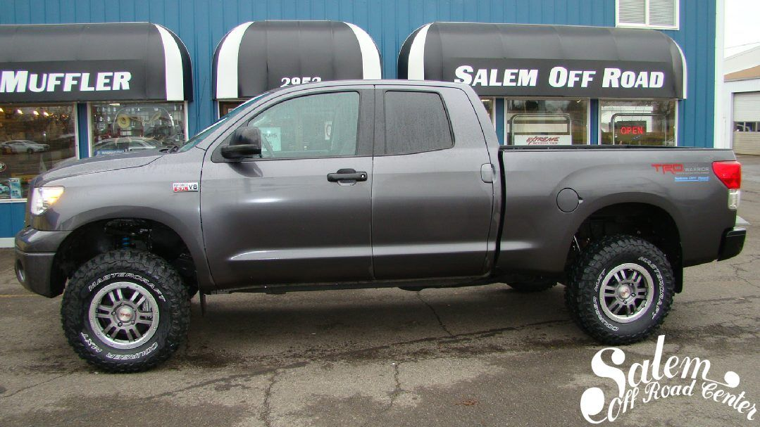 This 2013 Toyota Tundra Is Equipped With A 4 5 Bds Lift Spidertrax Wheel Spacers And Mastercraft Tires Www S Toyota Tundra 2013 Toyota Tundra Lifted Tundra