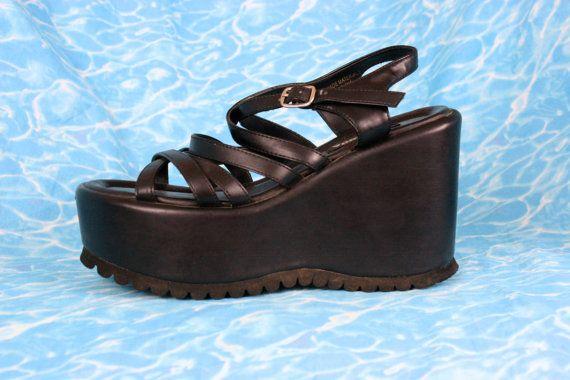 90s Platform Sandals in Black / Chunky Dress Strappy Shoes Soft Grunge Club Kid Goth / US 6.5 UK 5.5 EU 38.5