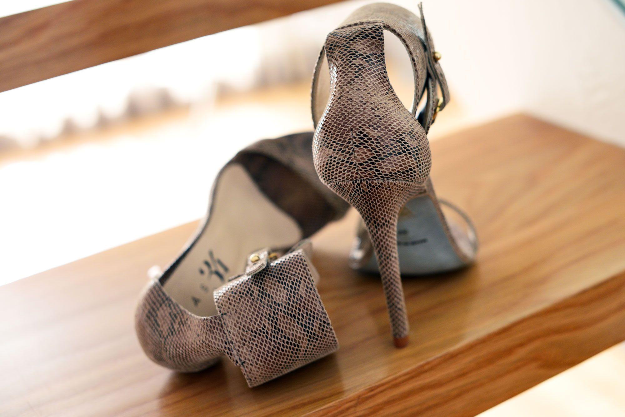 Sandalias de tacón Adriana de piel de víbora verde Mas34 - mas34shop