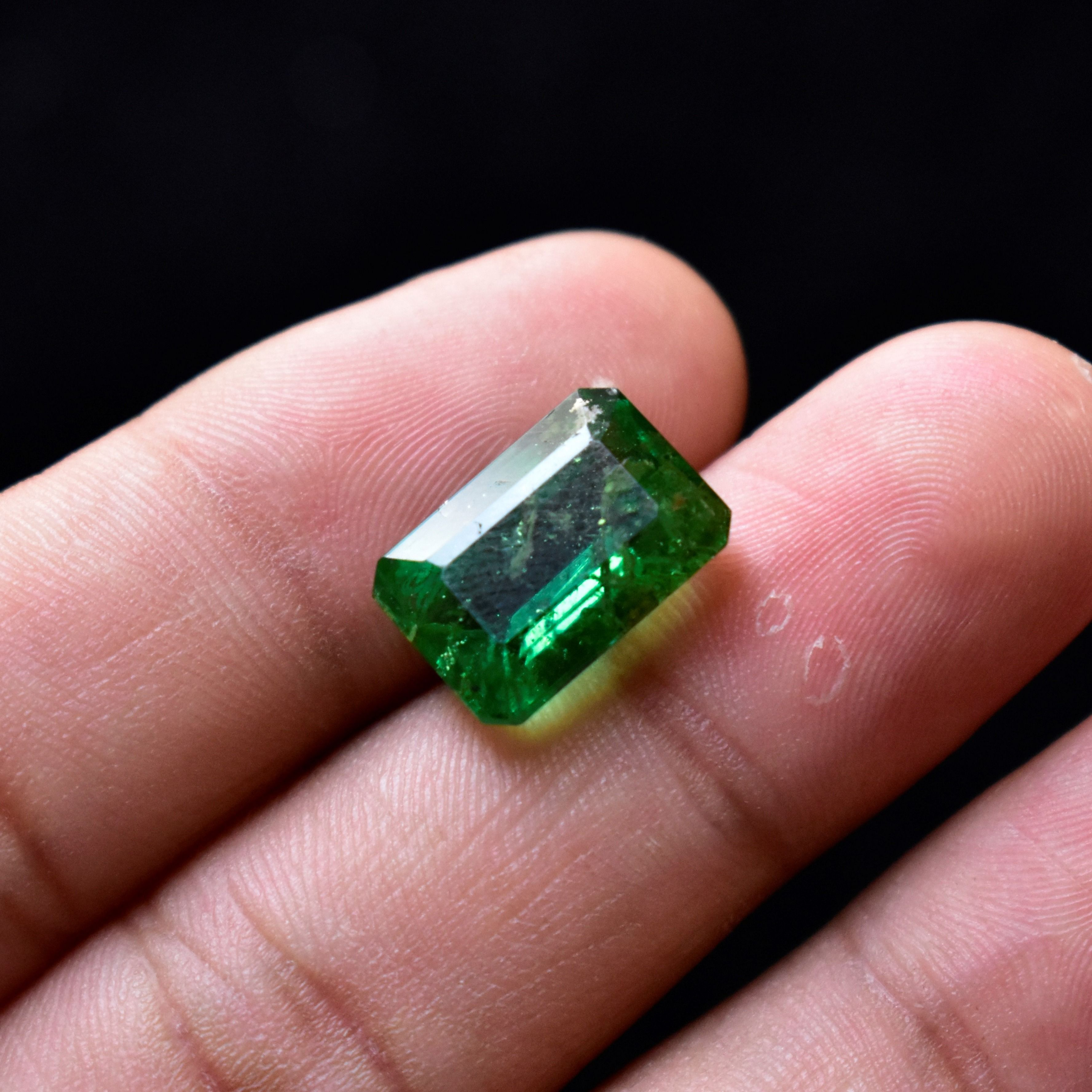 Natural top quality faceted ring size green tourmaline gem