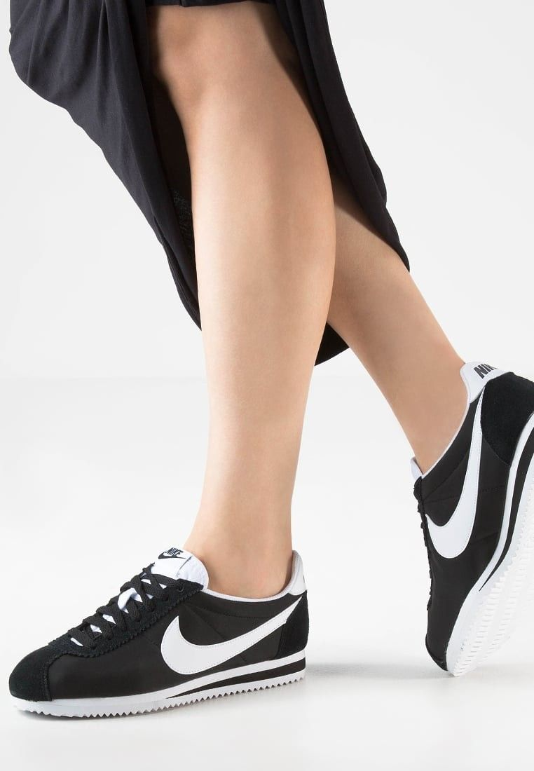 buy popular 795e5 e9c6c Pin by Kelley R. Brownlow on Nike Sneakers Black Friday Sale ...