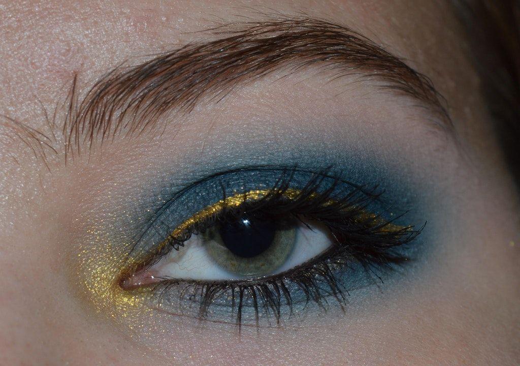 A blue + gold look, for the Alliance! MakeupAddiction
