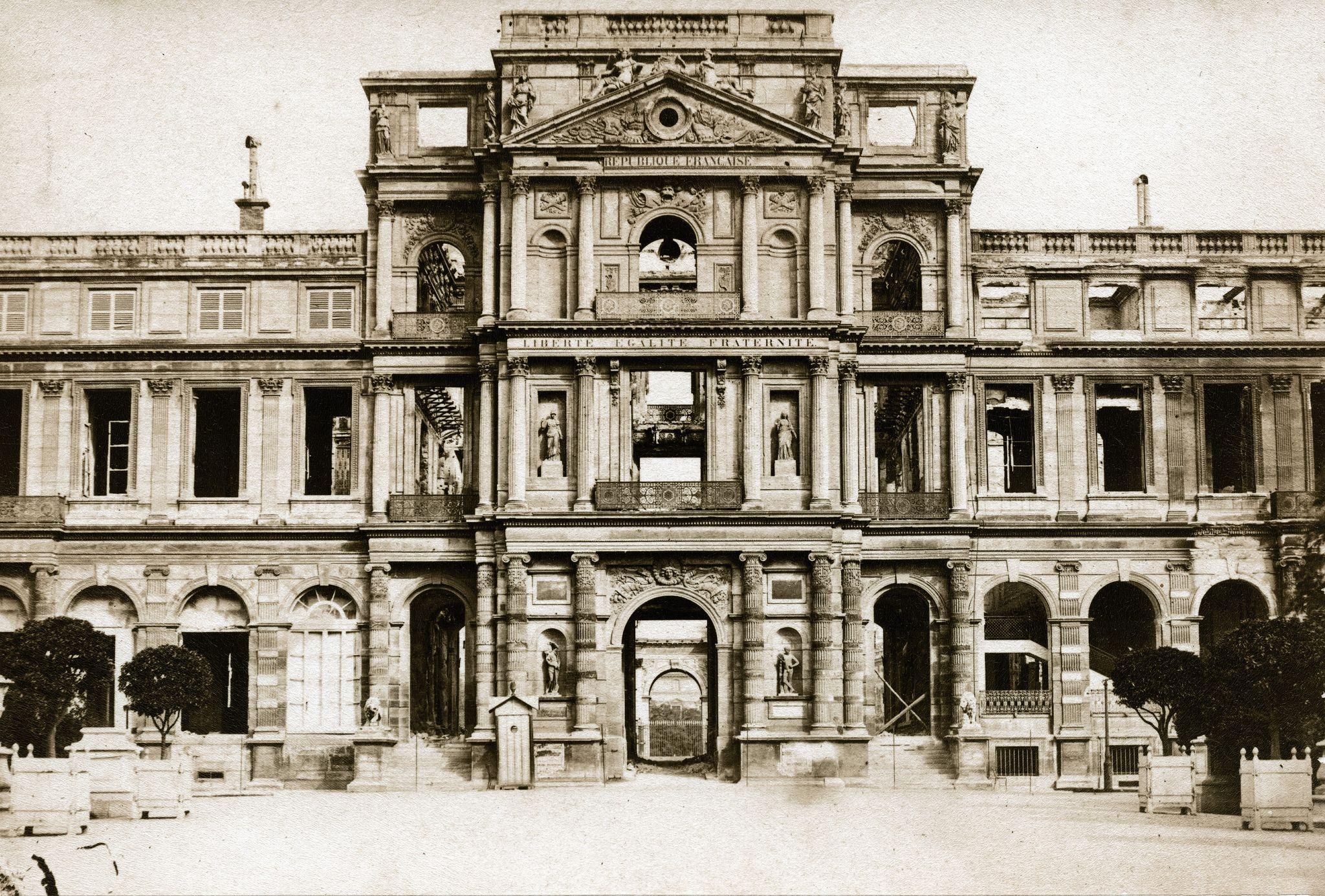 Unknown Pavillon De L Horloge During Paris Commune 1871 Paris Photos Commune Sacred Buildings