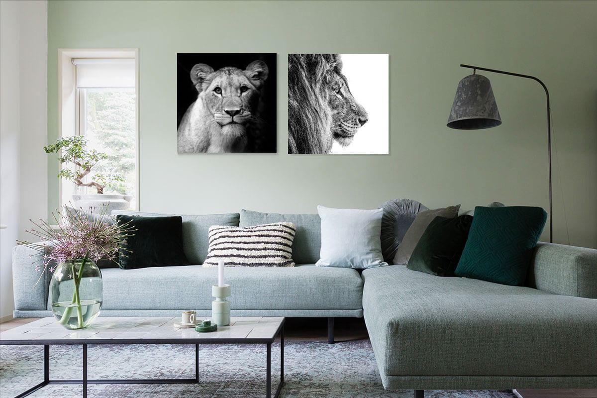 Hang Een Mooie Foto Kunstwerk Poster Of Behang Van Een Leeuw Boven Je Bank In De Woonkamer Zoals Deze Lioness Va Meubel Ideeen Thuis Woonkamer Schilderijen