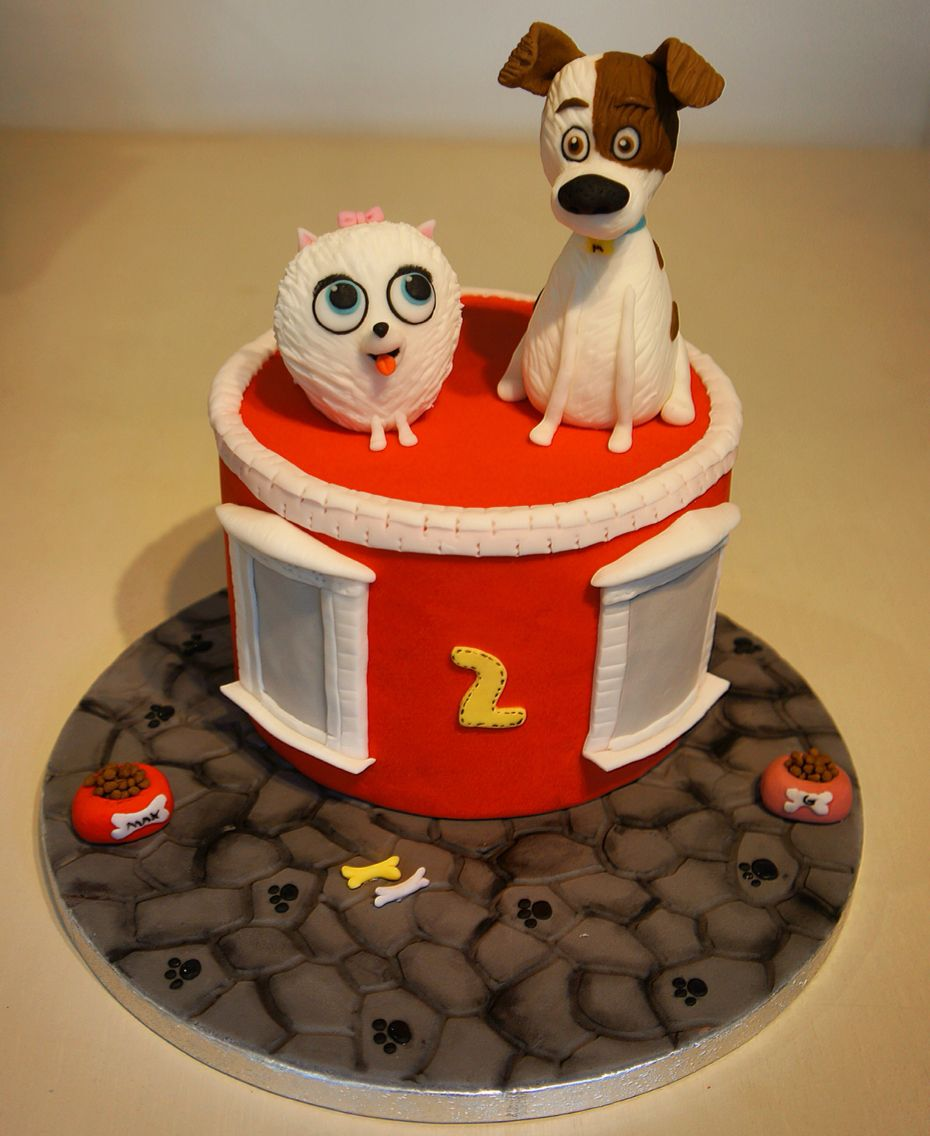 Thanks Sweet Prelude for your cake of Max and Gidget!   The Secret Life of Pets