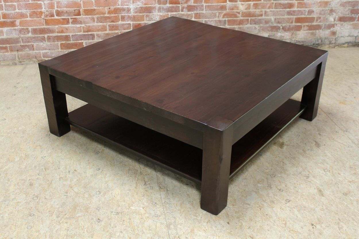 Merveilleux Parson Coffee Table With Shelf