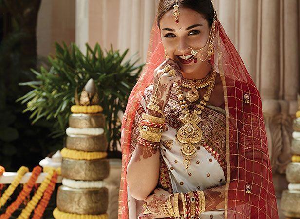 Tanishq Marwari Bride Wedding Jewellery Collection(3)