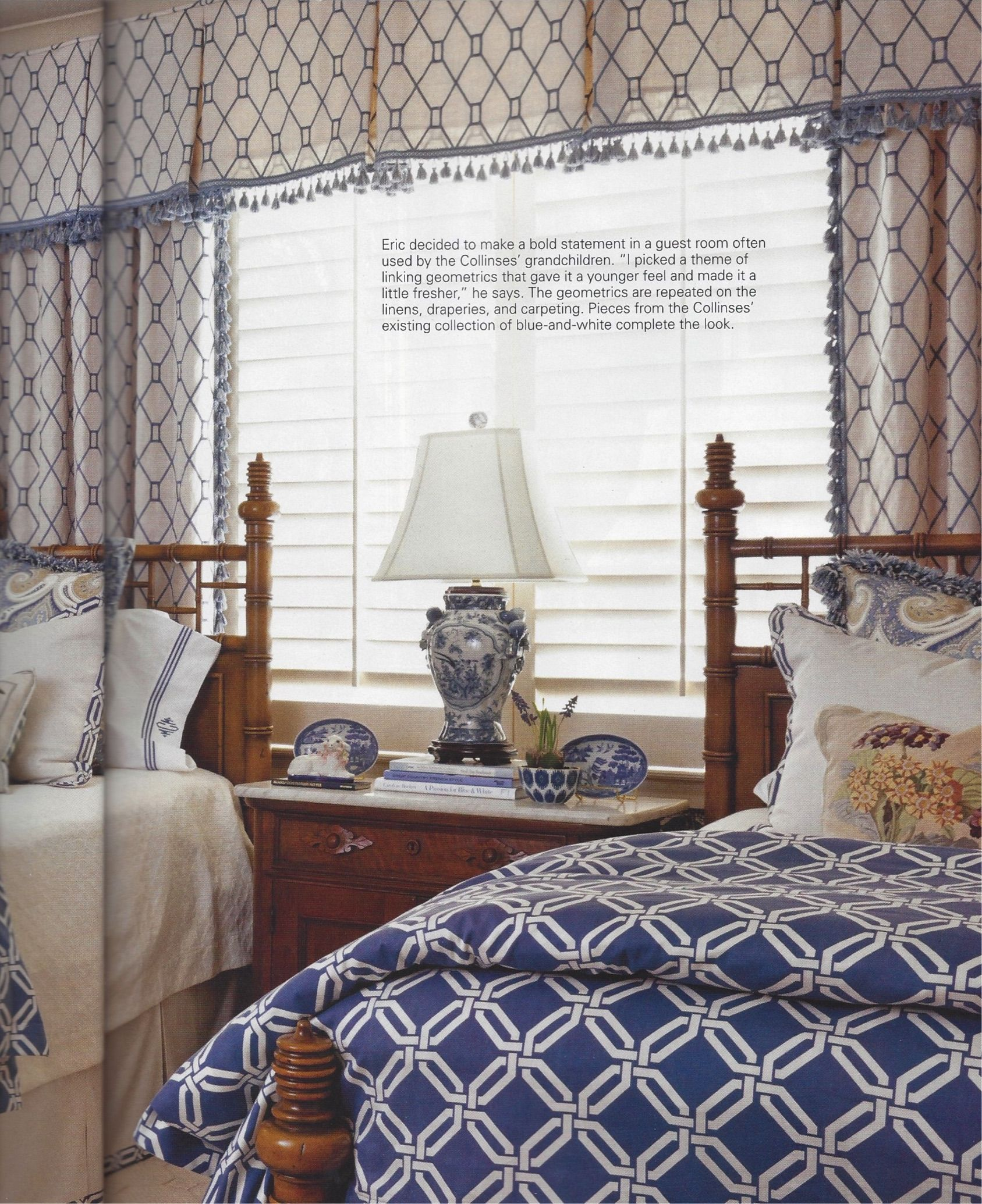 Guest Bedroom White And Gray: Twin Guest Bedroom In Blue And White. Design By Eric Ross