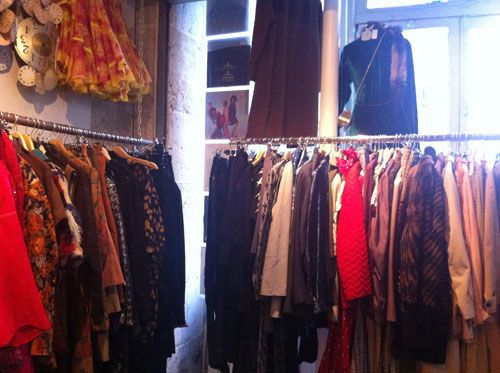 Real Vintage Clothing: Finally A REAL Paris Vintage Clothing Shops List! Many