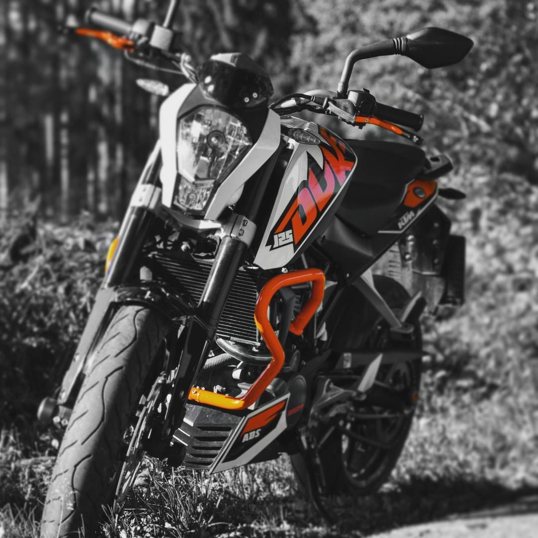 Gefällt 37 mal 6 kommentare timkloe auf instagram black orange abd white ktm duke ktm duke 125ccm black white orange motorcycle motorrad